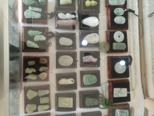和田玉,翡翠,绿松石,河磨玉,金丝玉